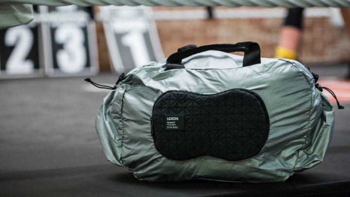 Peanut gym bag-LN1512A-Aluminium-Lifestyle